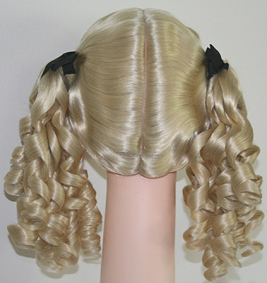 Innocent wig  in 613, back view
